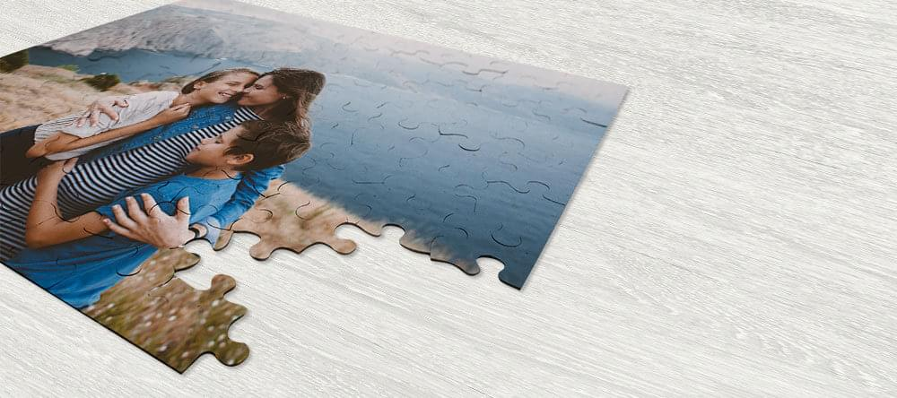 Ett träpussel - lika bra som ett fotografiskt tryck - en härlig överraskning som signalerar en lycklig tid tillsammans