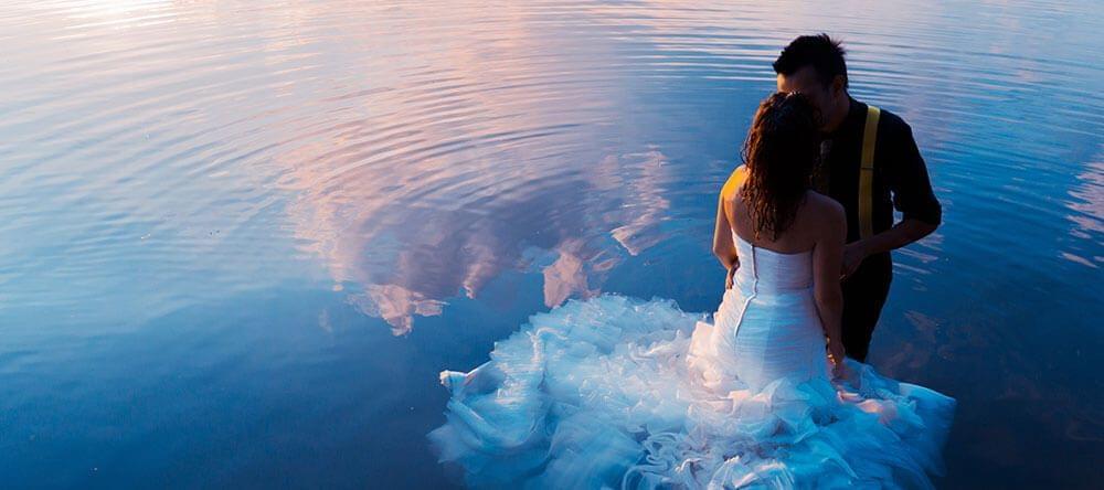 Leuke foto's: Zonsondergang aan het water – of nog beter er middenin