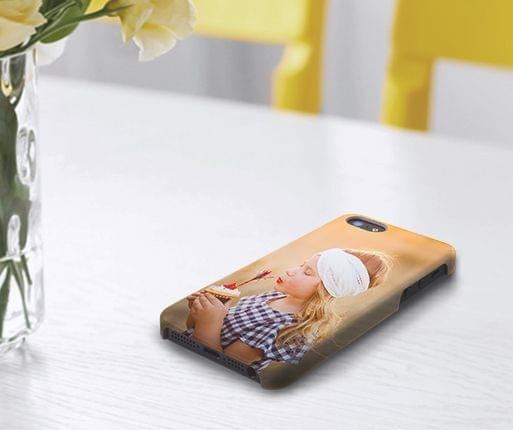 telefoonhoesje met foto in de kamer
