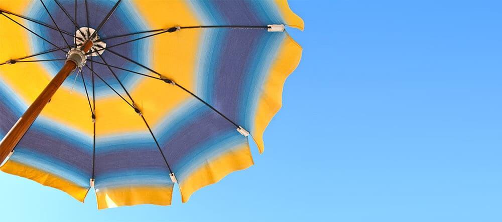 Bunte Farben sorgen für gute Laune und Urlaubs-Flair