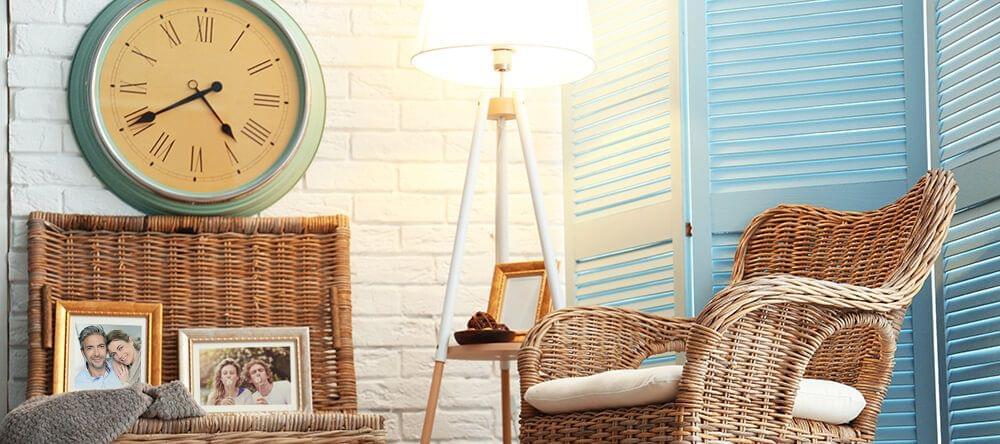 Un gran reloj hará maravillas, especialmente en habitaciones amobladas de manera sencilla