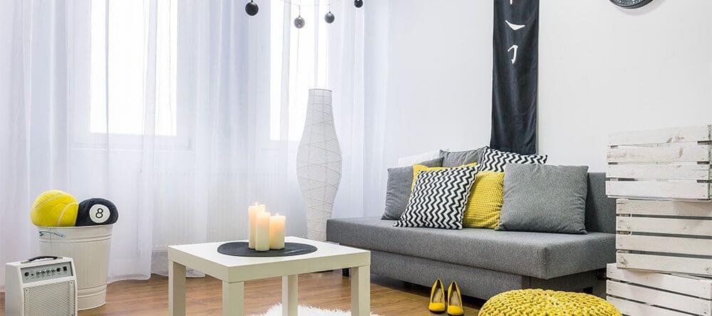 Tonos atemporales: blanco y negro como base neutra para los acentos de color