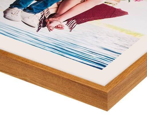 foto con passe partout color frassino dettaglio